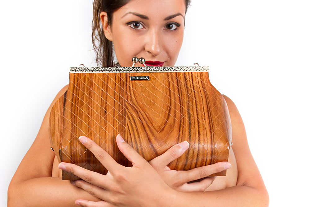 Fuscra wooden bag in palissandro