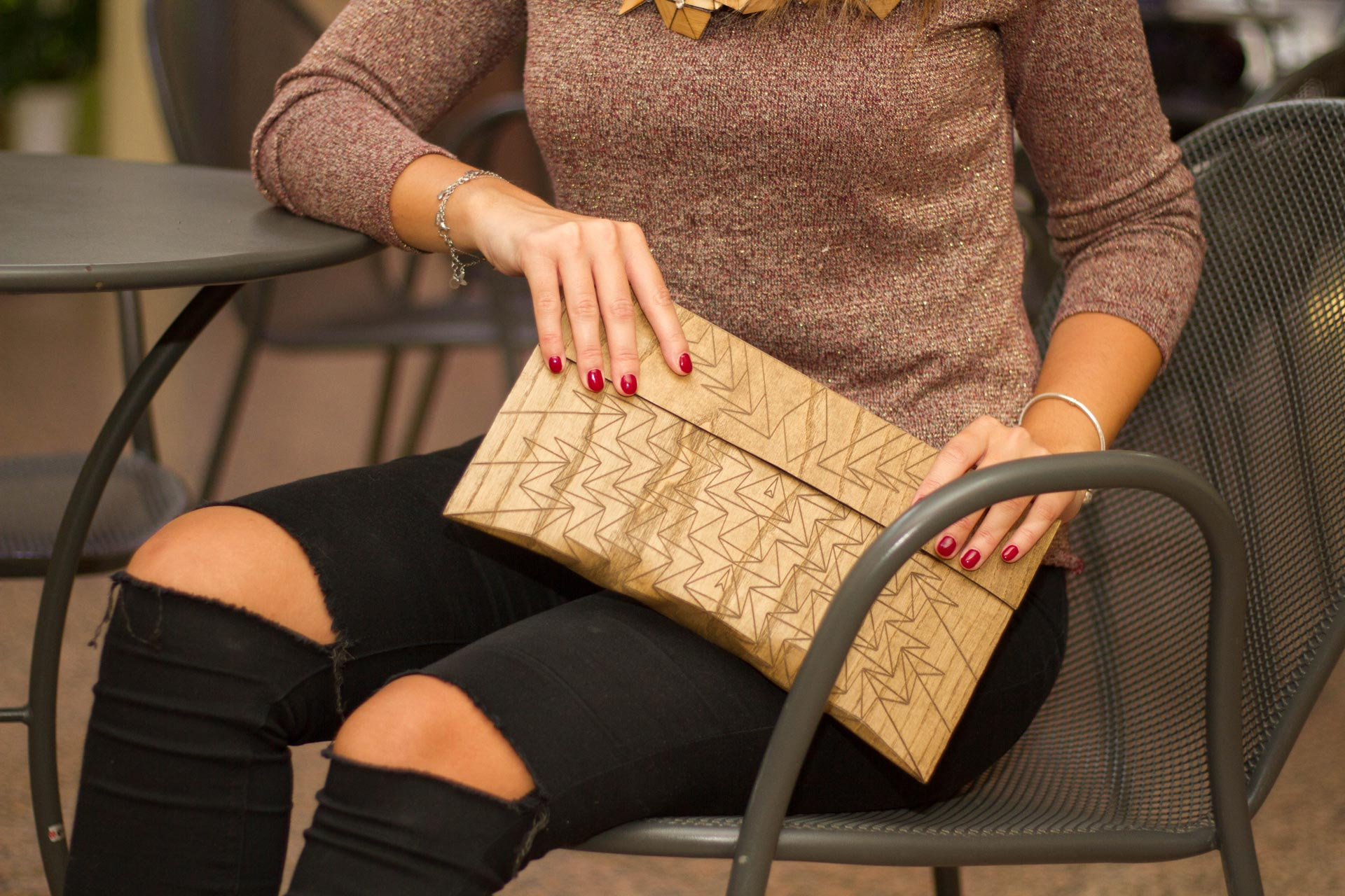Fuscra Clutch in Wood